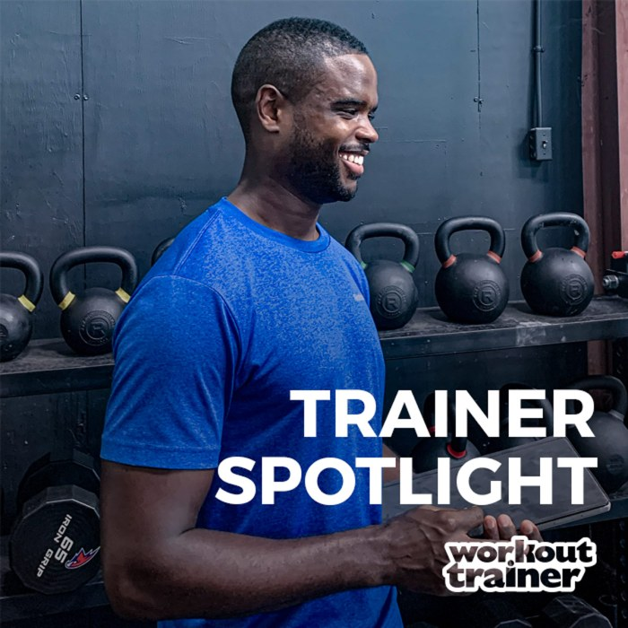 Male Personal Trainer using the Workout Trainer app to coach his online